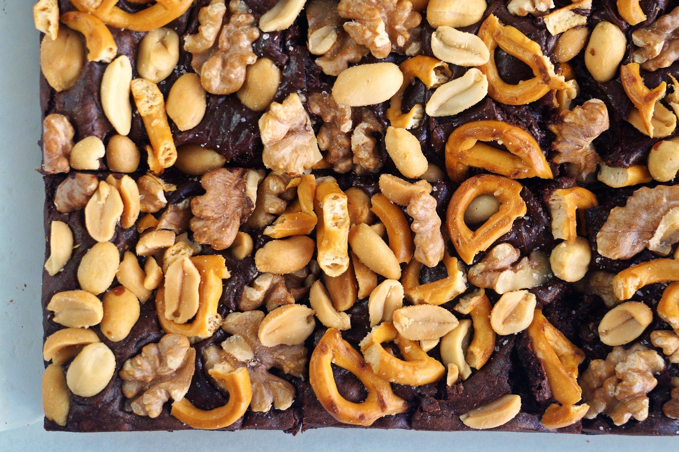 Extra Nutty Vegan Fudge Brownies {gf}