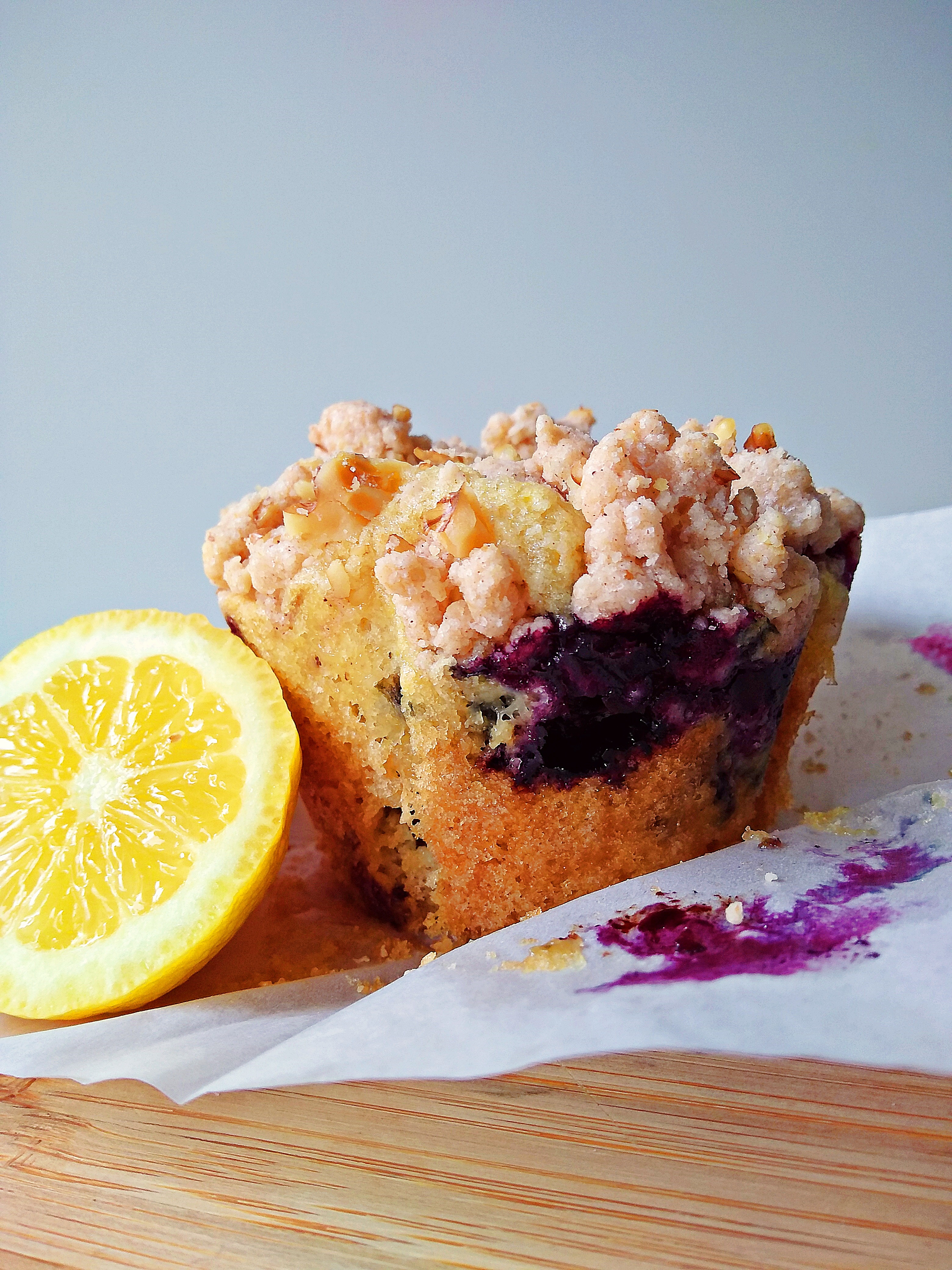 Lemon and Blueberry Crumble Muffins